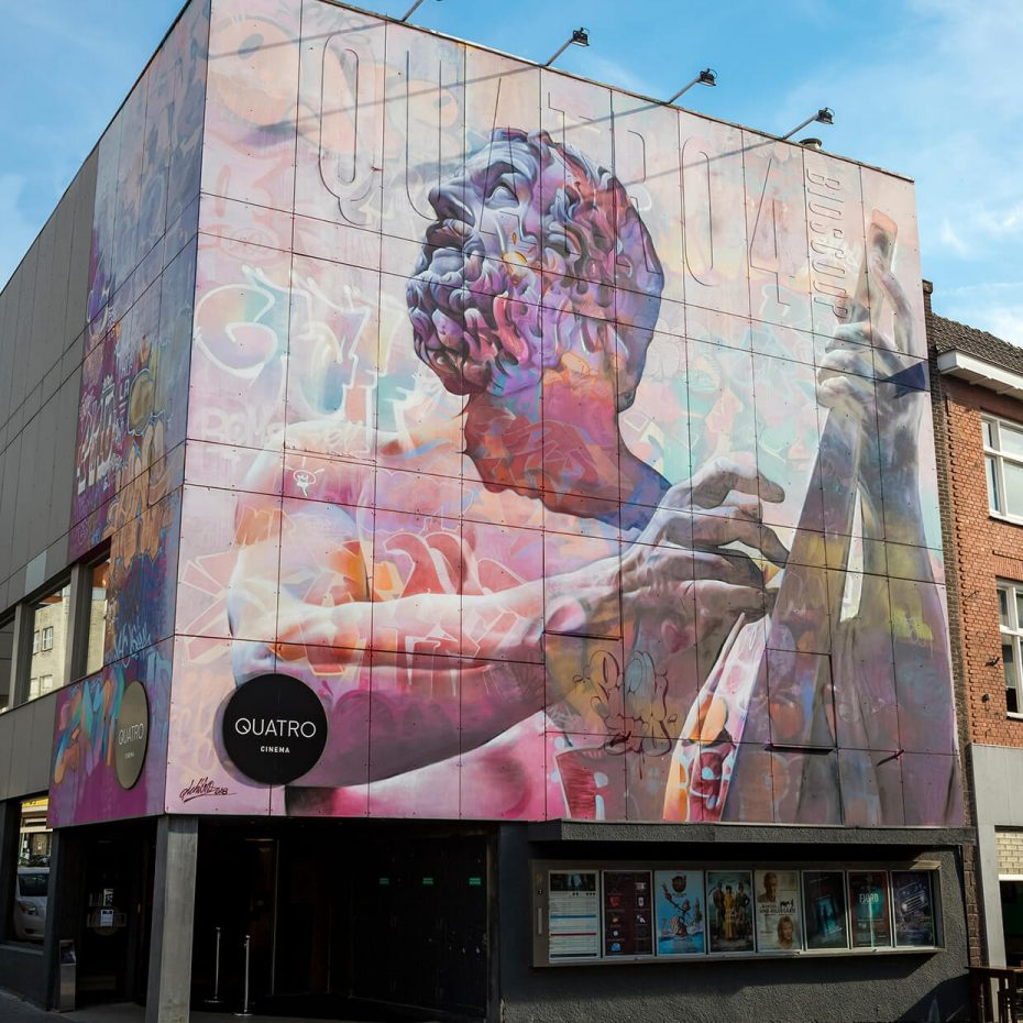 Quatro Mural